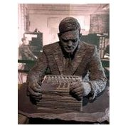 Alan Turing statue, Bletchley Park © Draig/Jon Culver